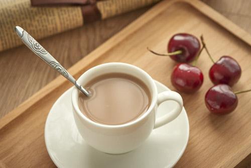 如何管理奶茶店铺的员工